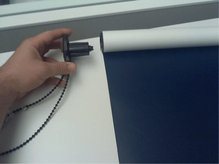 how to reverse roller shade8