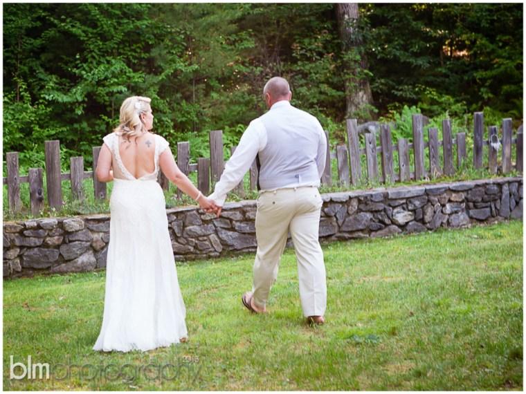 87_Mat_&_Lisa_Backyard_Wedding