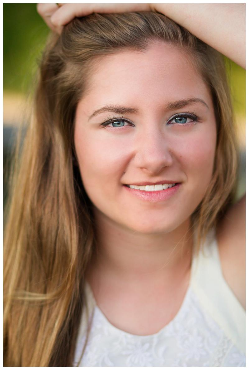 High School Senior,Madeline Ciocci,Natural Light,Outdoor,Peterborough Portrait Photographer,Photography,Senior,Senior Photos,Senior Portraits,