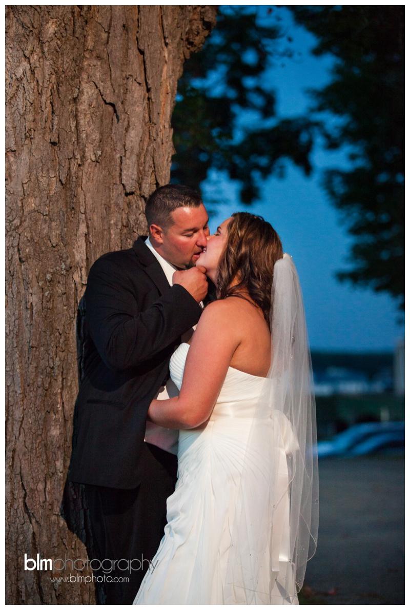 Tara-Ryan-Wedding-at-the-Red-Barn-at-Outlook-Farm_091815_2238.jpg