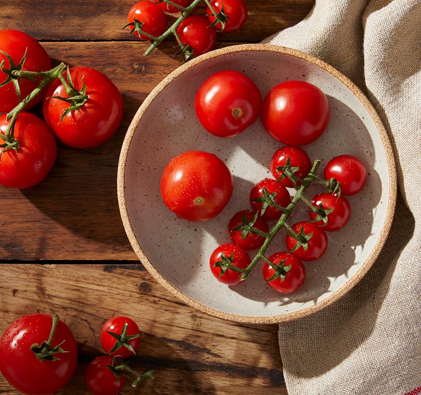0498_Globe_Tomatoes_1_SP_6_26_17