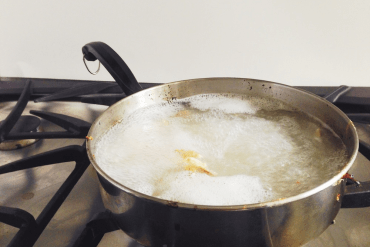 how to clean a dirty pan