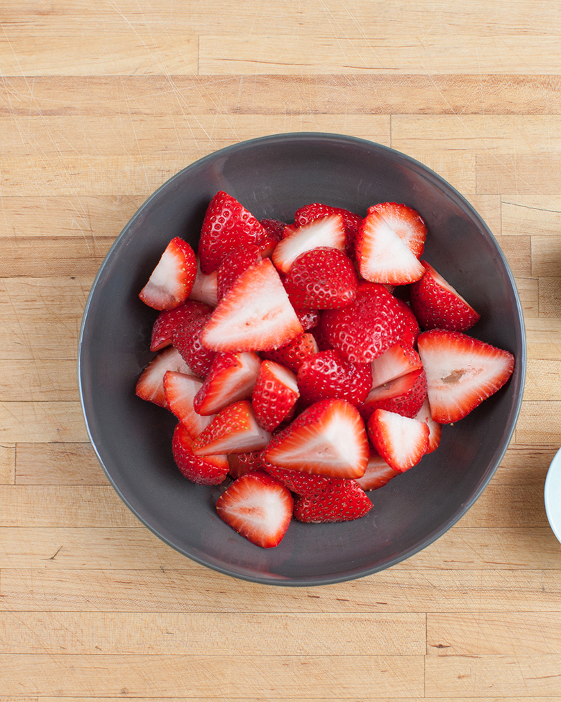 How to Garnish with Strawberries