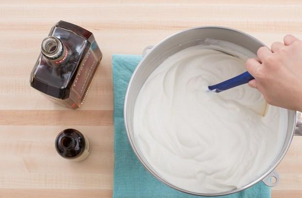 ice box cake whipped cream