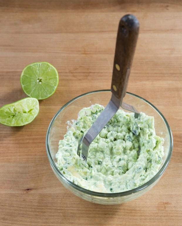 Creamy Avocado Dip Snack