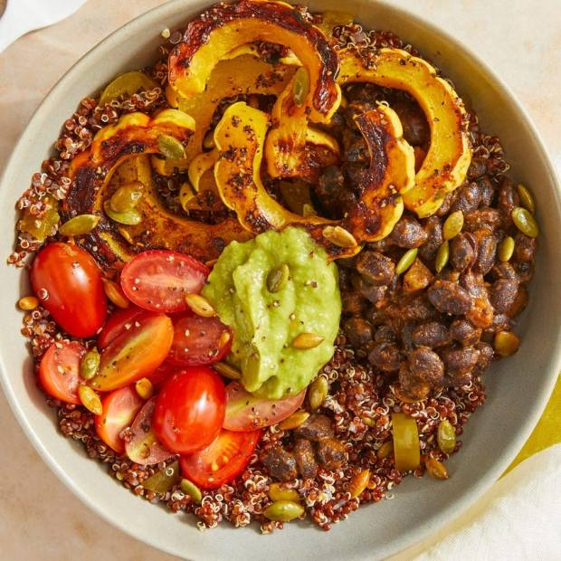 how to slice squash and serve on quinoa