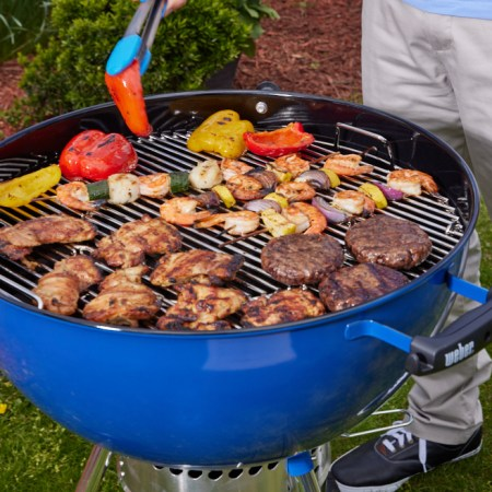 Charcol-Grill_Summer-Grilling_04-22-21_545
