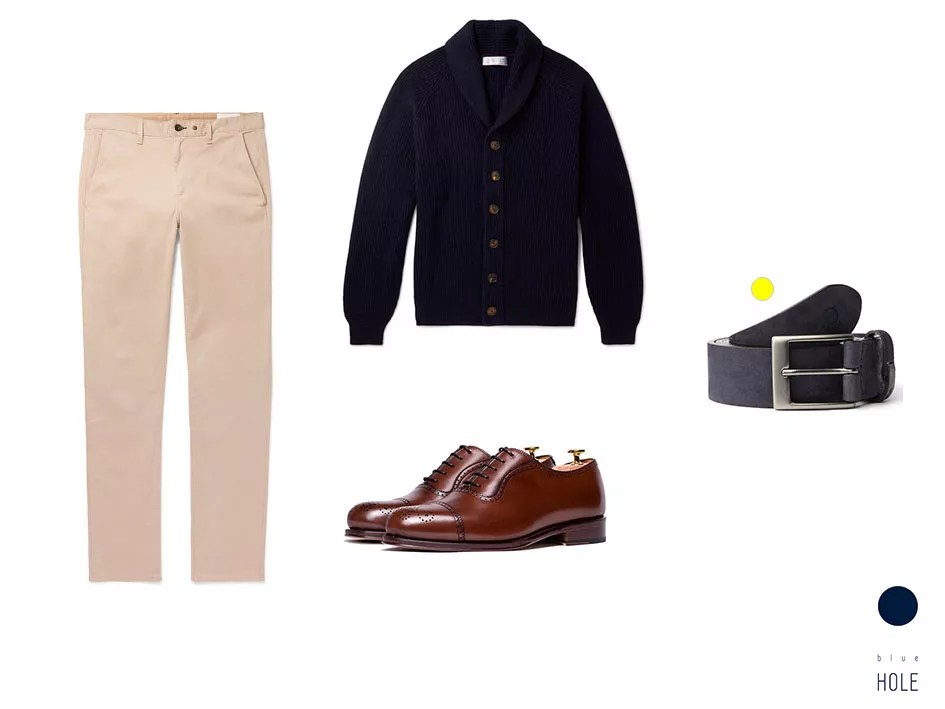 Outfit smart-casual chinos beige, zapatos oxford marrones, cinturón igara blue hole y cardigan