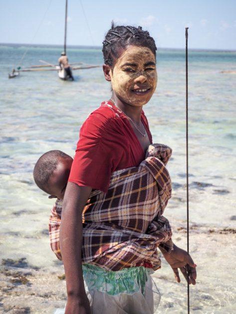 A fisherwoman in Madagascar | Photo: Catherine Pigeon