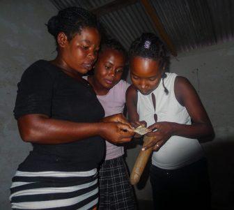 Condom demonstrations help increase knowledge