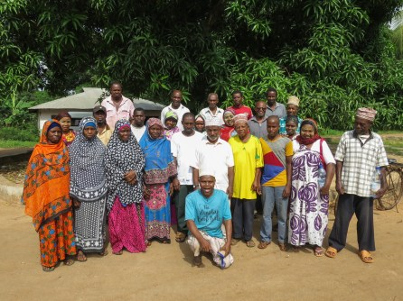 The Comorian fishers, their Zanzibari hosts, and staff from Dahari and Mwambao