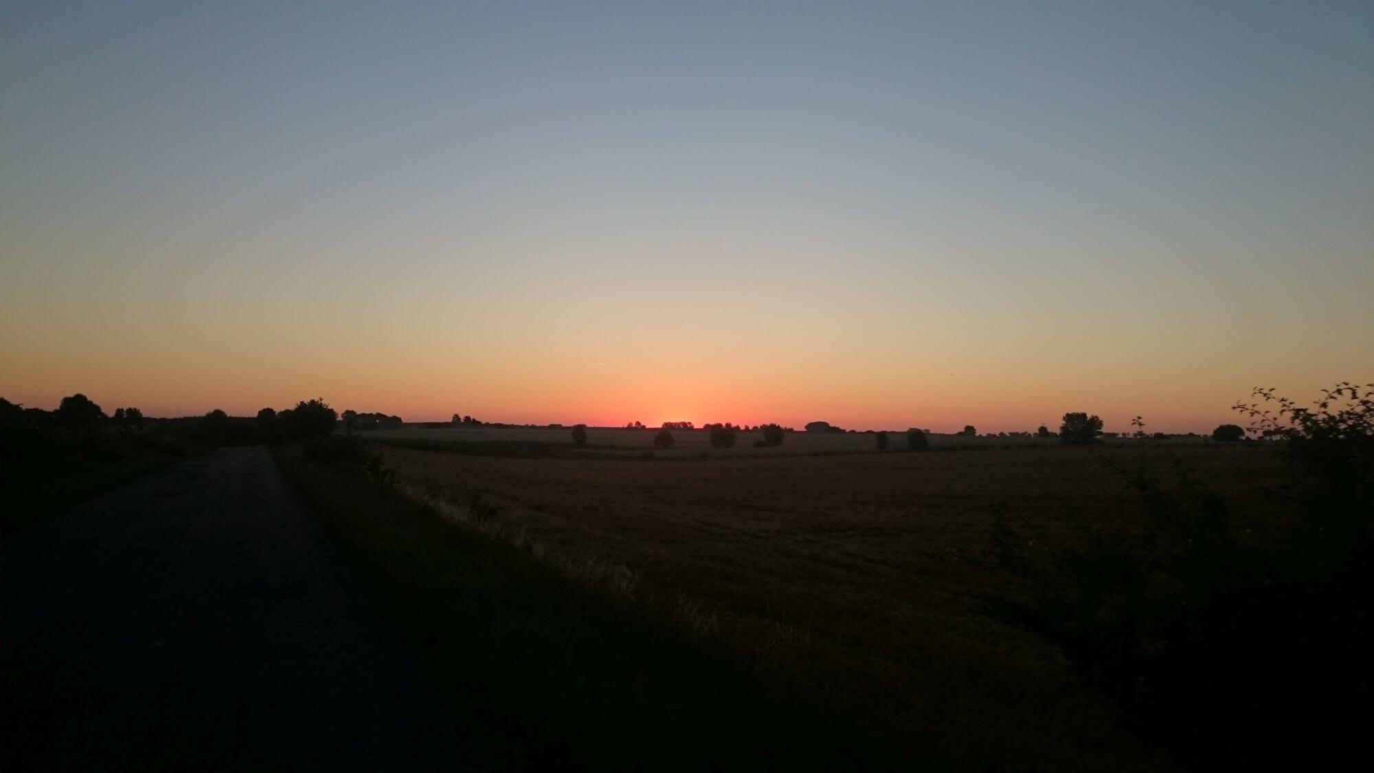 Wschód słońca w okolicach Gniezna