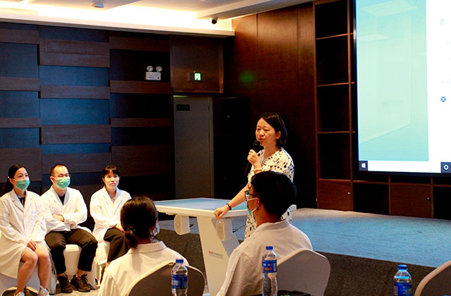 Workshop 2 by Professor Ji Lily from Zhongshan Hospital affiliated to Fudan University at Body Interact Chinese Community meeting
