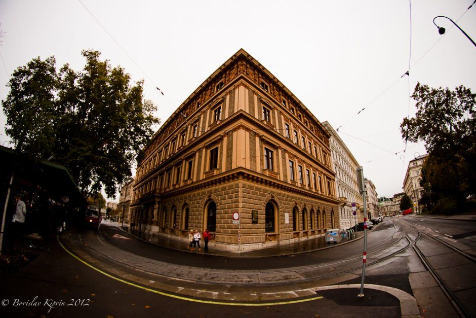 Taking an angle, Vienna