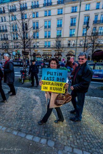 Putin leave Ukraine in peace!