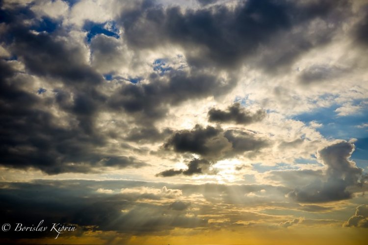 Piercing the sky-2