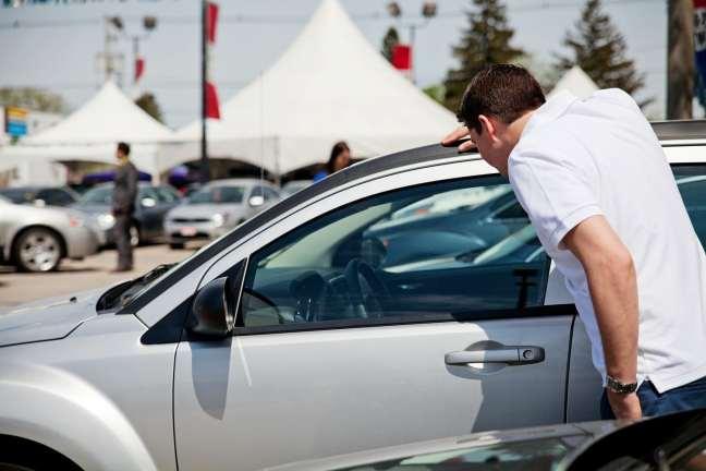 Coisas que você precisa saber ao comprar um carro usado  02