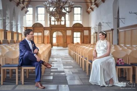 Hochzeits Fotograf macht Brautshooting im Schuerstabhaus bei schlechtem Wetter! Tolle Bilder trotz schlechtem Wetter!