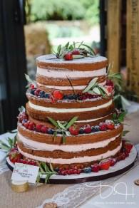Boho/Vintage/Naked Cake. Der Hochzeitsfotograf macht die Bilder bei Eurer Vintagehochzeit.