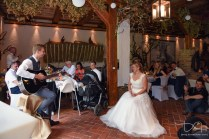 Emotionale Momente fotografiert der Hochzeitsfotograf aus Nuernberg.