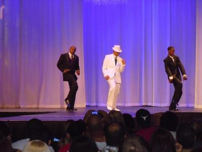 Fashion Show_2010_dancing dudes in tuxes