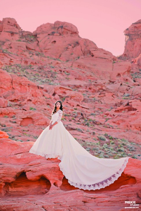 Bridal Spectacular_.Moxie Valley of Fire_Karenn3