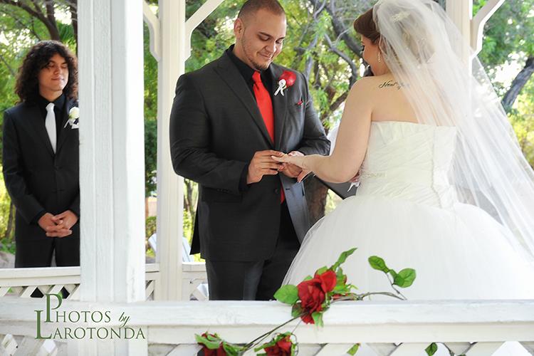 Bridal Spectacular_Brianna & Paul_Photos by Larotonda._011