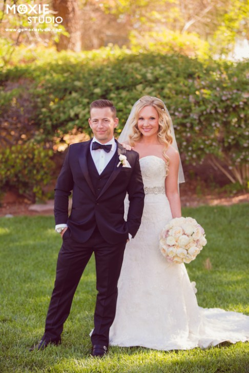 Bridal Spectacular_BritanyDustinWedding-MoxieStudio-CanyonGate-1171web