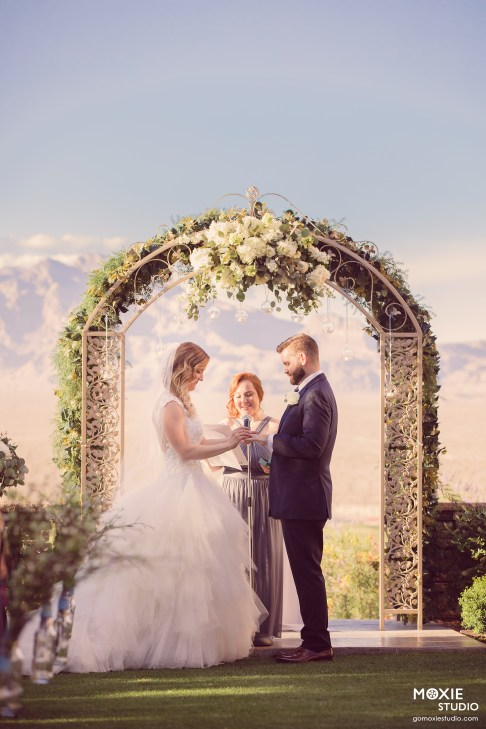 Bridal Spectacular_GregAliciaWed-552-blog