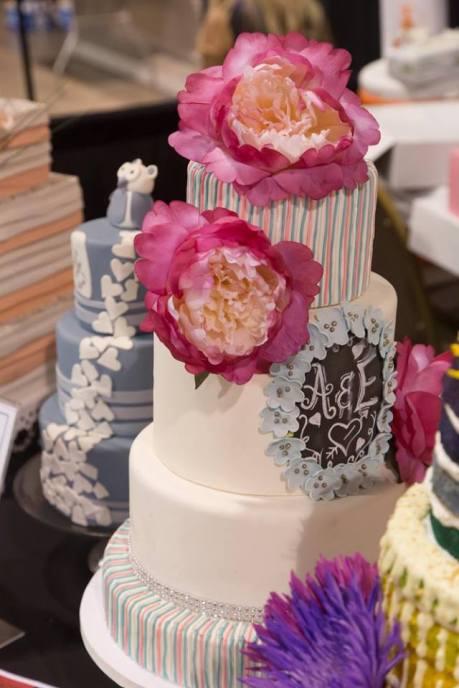 Bridal Spectacular_Wedding Cakes04