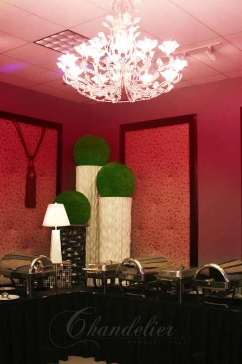Chandelier Banquet Hall_ BRI001