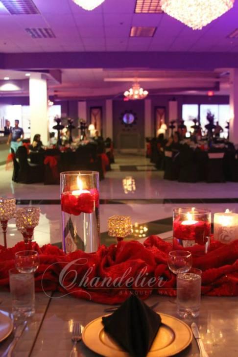 Chandelier Banquet Hall_ BRI004