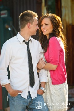Engagement photos of Liz & Tyler by John Morris Photography