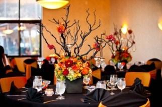Halloween-Themed-Wedding-Decorations-500x333