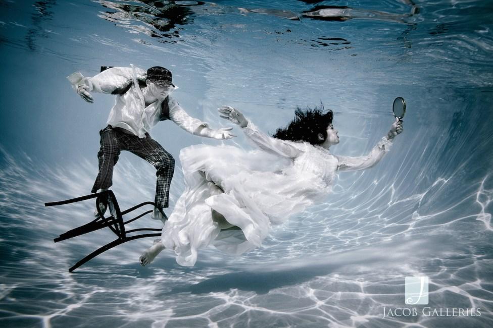 Spectacular Bride_JcbGalleriesStyleShootUnderwaterBLOG01