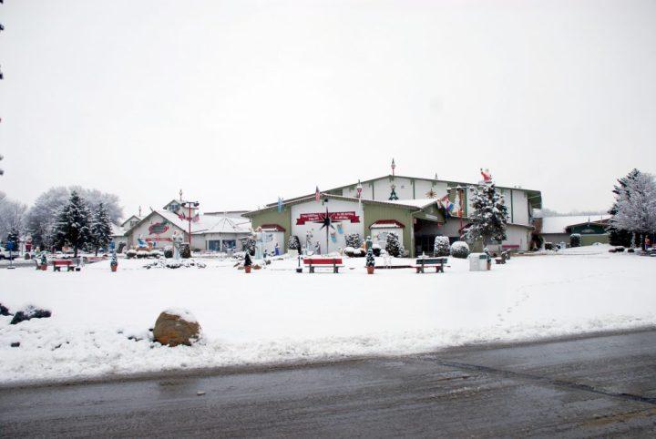 Bronners Christmas Wonderland In Snow