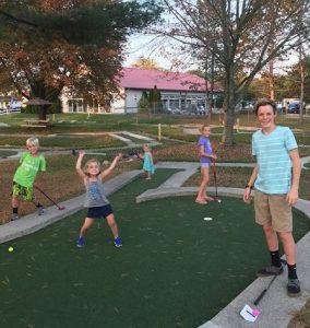 Putt Putt Miniature Golf at Jellystone Park in Frankenmuth, MI