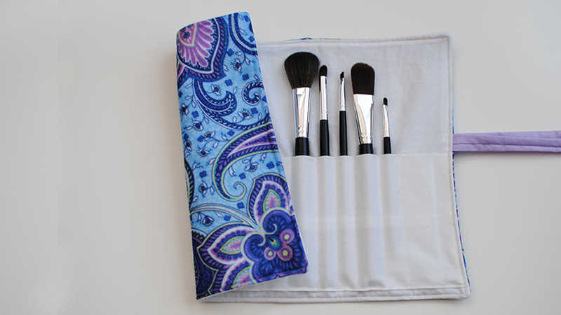 DIY Makeup and Brush Holder