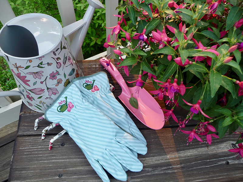 Embroidered Garden Gloves