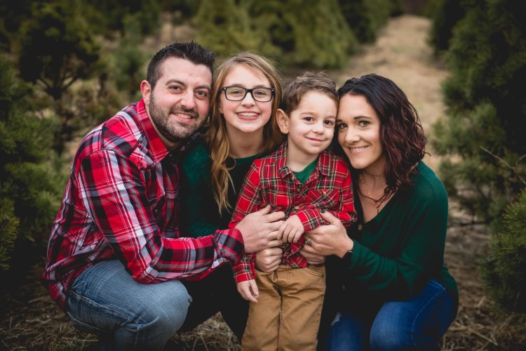 Nichole Lewis and family