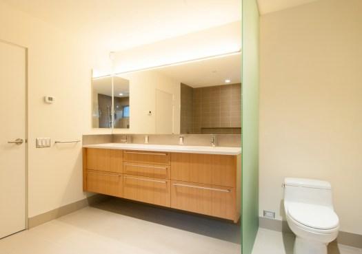 BUILD-LLC-BAV-Master-Bath-03