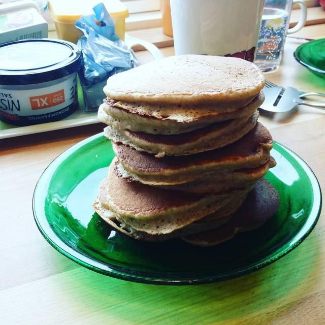 Havre og banan oatmeal and banana pancakes pancakes stackofpancakes oatmealhellip