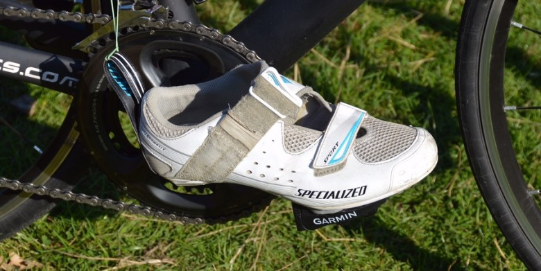 Tri-specific cycling shoes