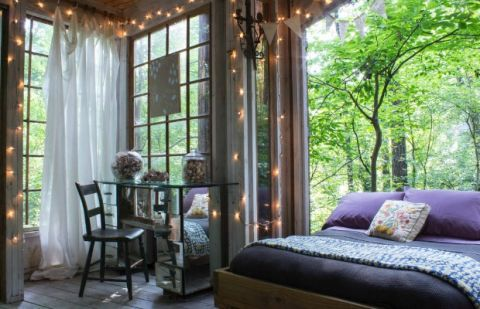 Bedroom in the Trees