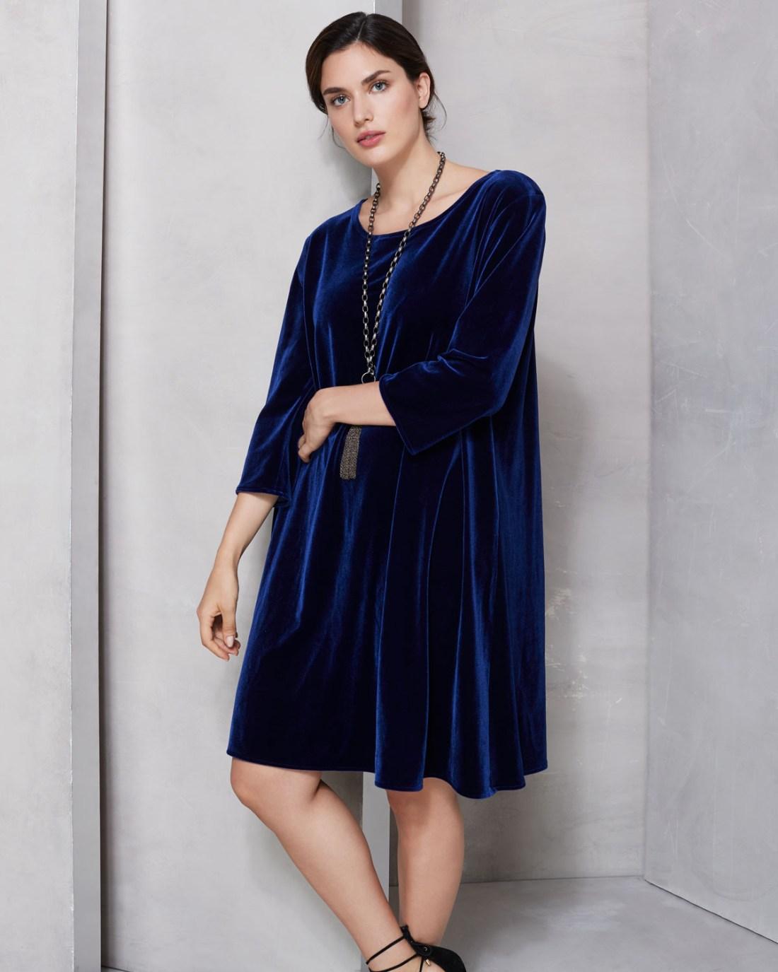 Caroline Rose Round Neck Stretch Velvet Dress