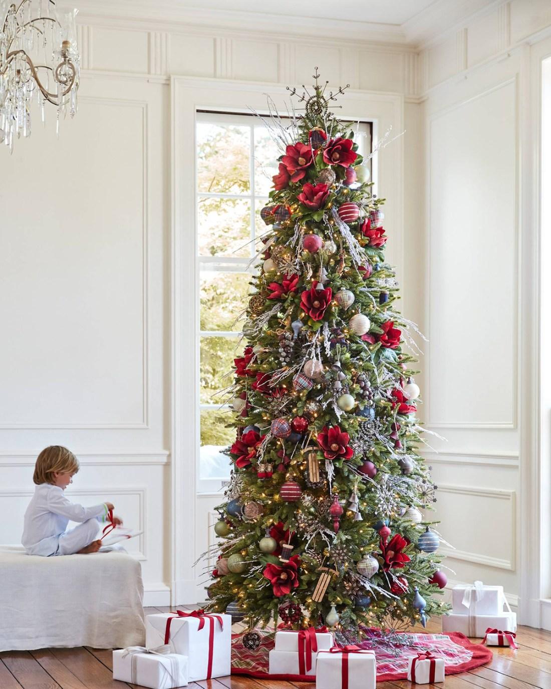 Farmhouse Christmas Ornament Set