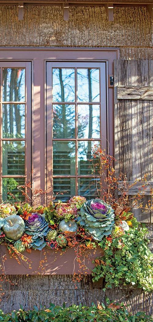 Fall Windowbox Display