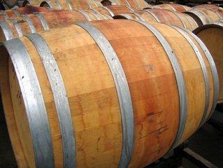 Barris de madeira novos
