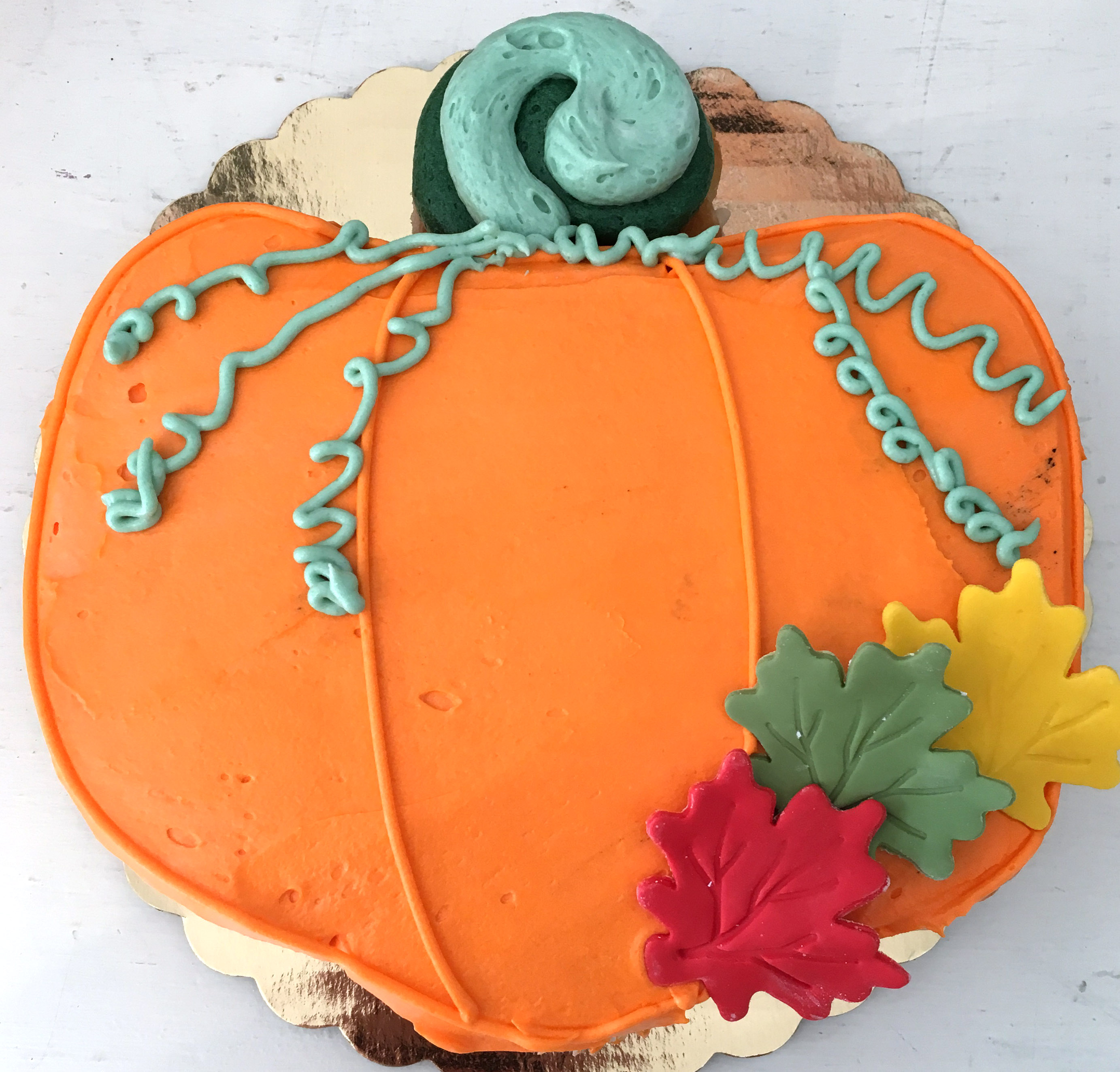 pumpkin fall thanksgiving pull apart cupcake cake
