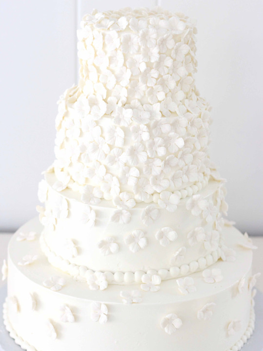 white on white flower wedding cake from nj bakery cafe pierrot